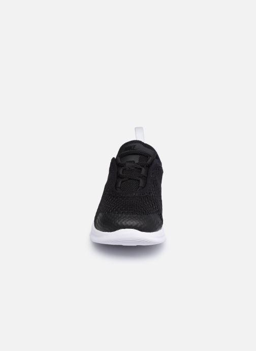 Sneakers Nike Nike Air Max Motion 2 (Tde) Nero modello indossato