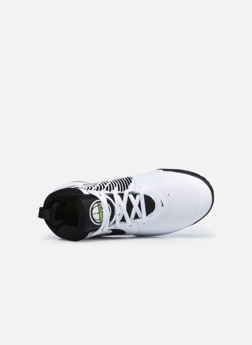 Sportschuhe Nike Team Hustle D 9 (Gs) weiß ansicht von links