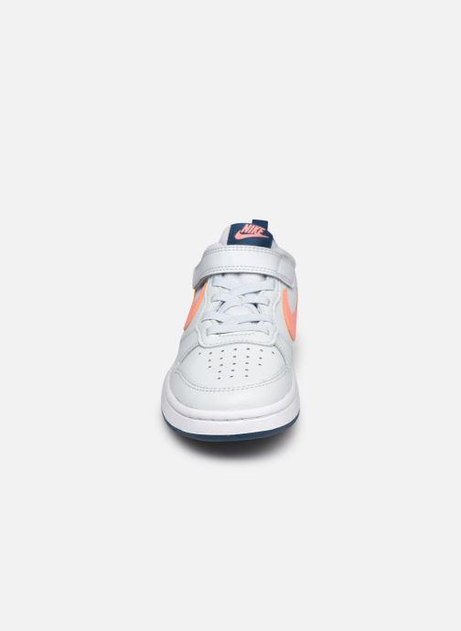 Deportivas Nike Nike Court Borough Low 2 (Psv) Gris vista del modelo