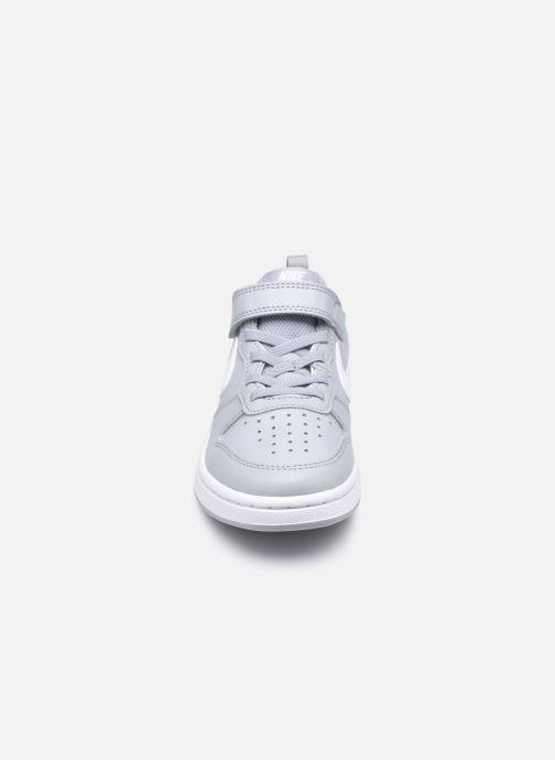 Baskets Nike Nike Court Borough Low 2 (Psv) Gris vue portées chaussures