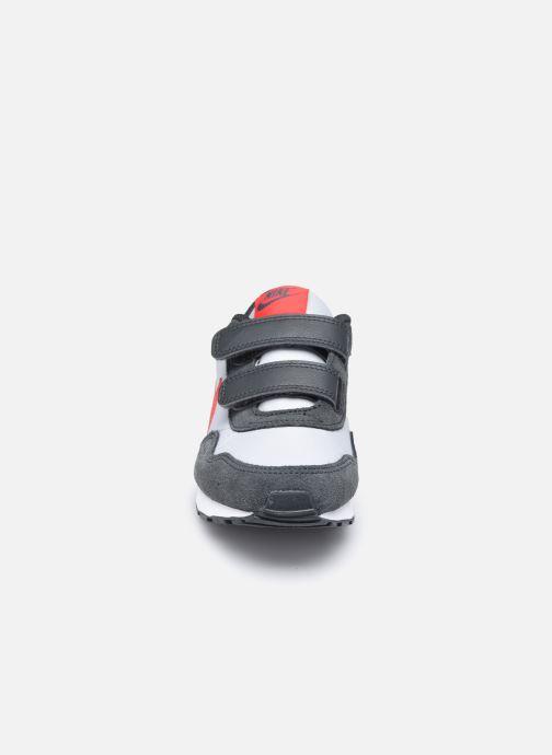 Deportivas Nike Nike Md Valiant (Psv) Gris vista del modelo