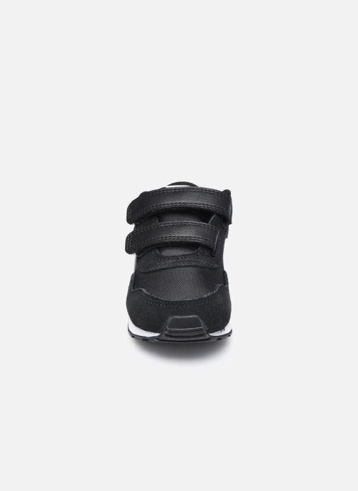 Sneaker Nike Nike Md Valiant (Tdv) schwarz schuhe getragen