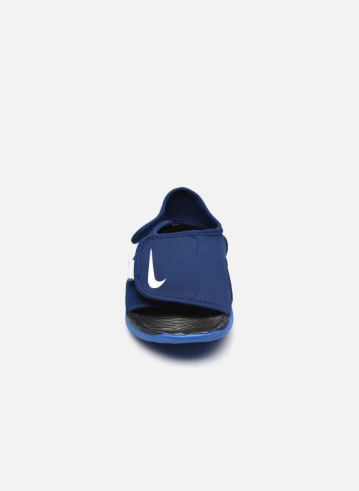 Sandales et nu-pieds Nike Sunray Adjust 5 V2 (Gs/Ps) Bleu vue portées chaussures