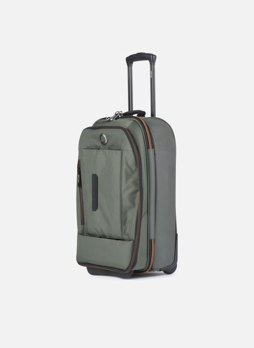 Bagages Delsey Tramontane Val Tr Cab 2R 55 Vert vue portées chaussures