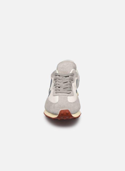 Sneaker Veja Rio Branco W grau schuhe getragen