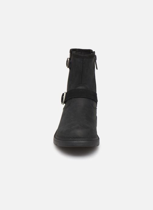 Bottines et boots UGG Kinzey K Noir vue portées chaussures