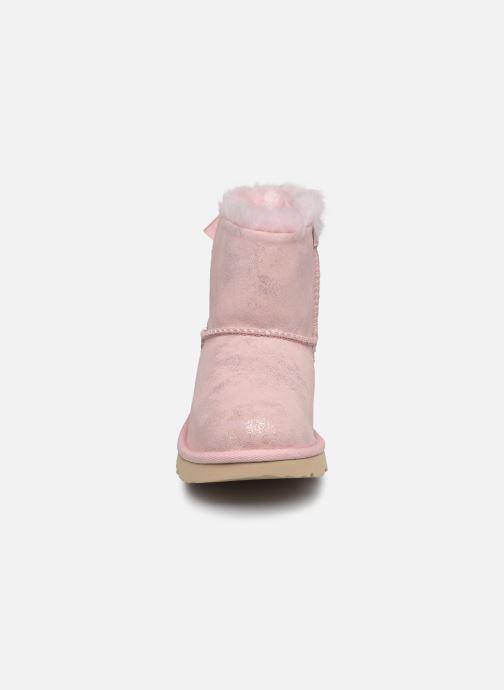 Stiefel UGG Mini Bailey Bow II Shimmer rosa schuhe getragen