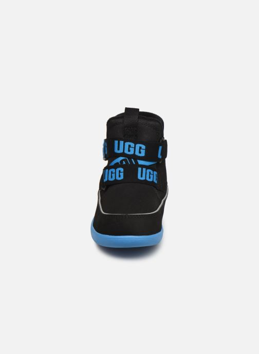 Sportschuhe UGG Tabor T schwarz schuhe getragen