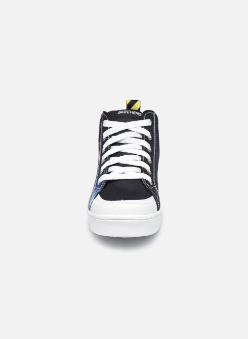Sneakers Skechers Duratronz Astroflight Azzurro modello indossato