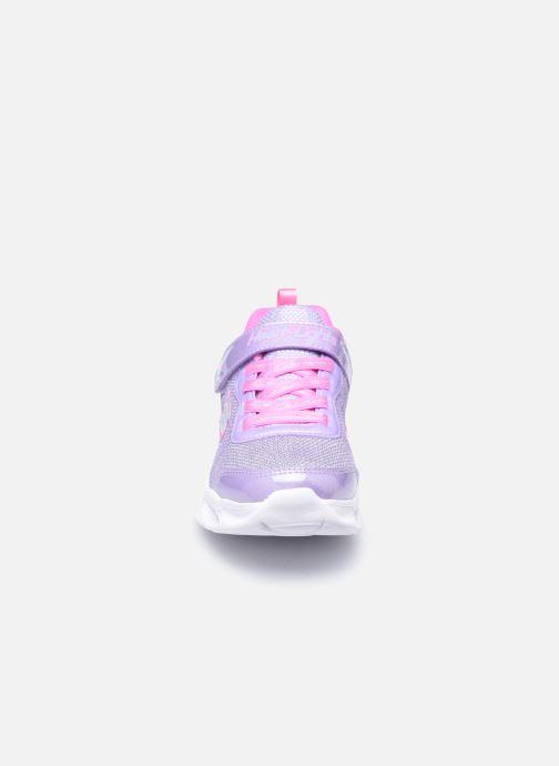 Sneakers Skechers Sweetheart Lights Viola modello indossato