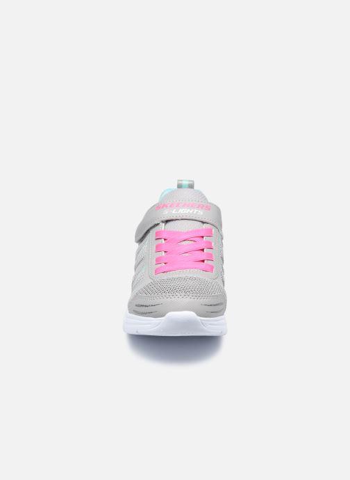 Sneaker Skechers Glimmer Kicks Shimmy Brights grau schuhe getragen