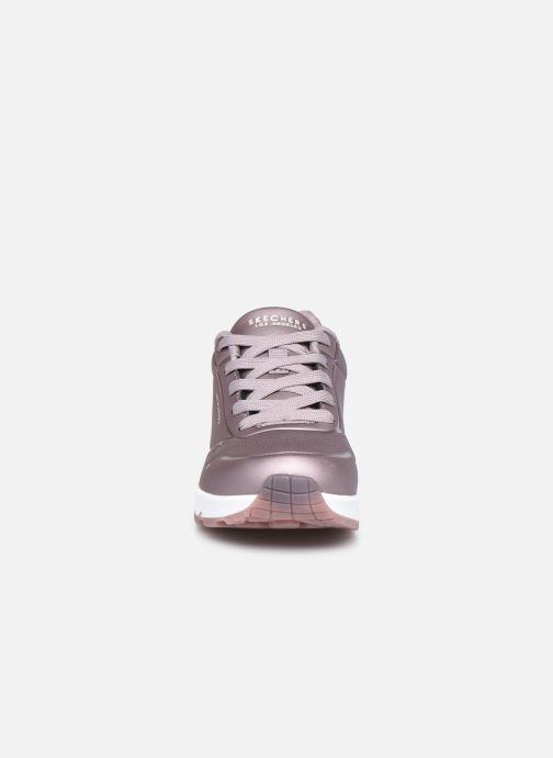 Baskets Skechers Uno Rose Bold Argent vue portées chaussures