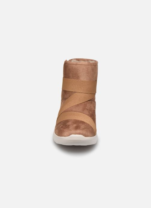 Bottines et boots Skechers Go Walk Joy Strong Willed Marron vue portées chaussures