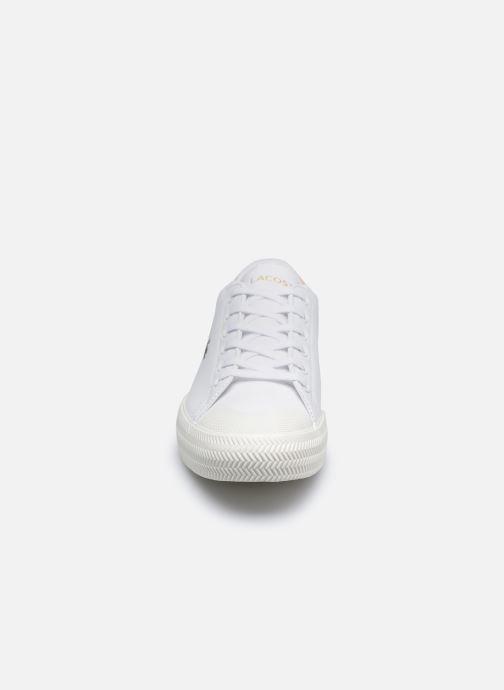 Baskets Lacoste Gripshot 0120 2 Cfa Blanc vue portées chaussures