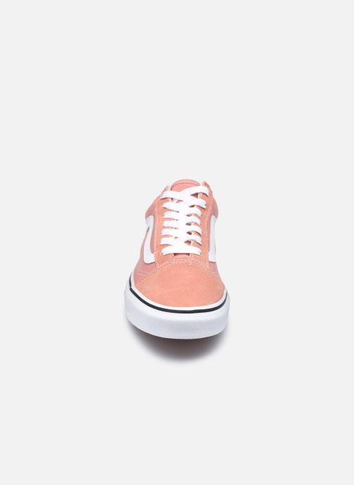 Baskets Vans UA Old Skool II Rose vue portées chaussures