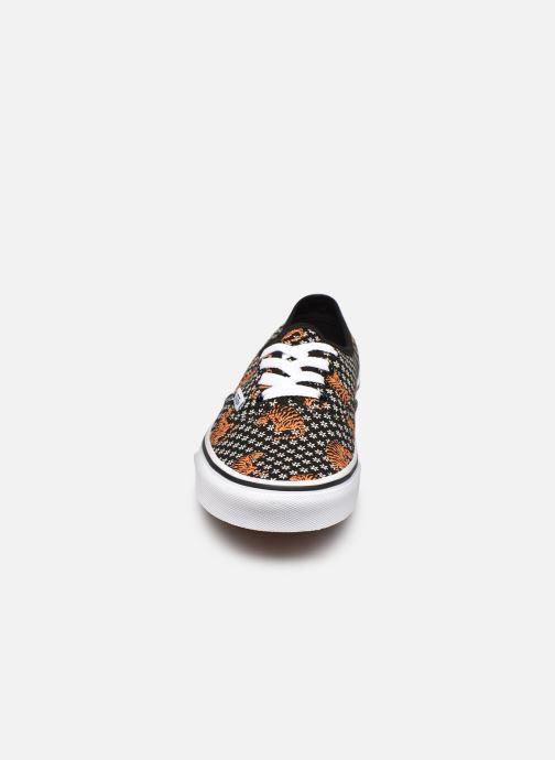 Baskets Vans UA Authentic Noir vue portées chaussures