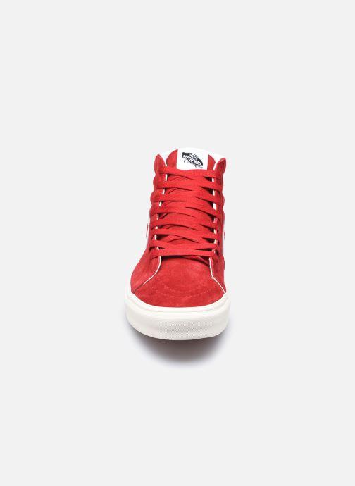 Baskets Vans UA SK8-Hi II Rouge vue portées chaussures
