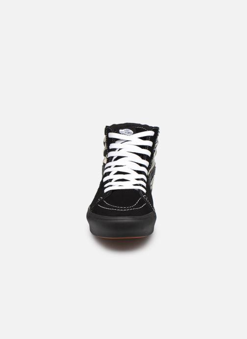 Sneaker Vans UA ComfyCush SK8-Hi schwarz schuhe getragen
