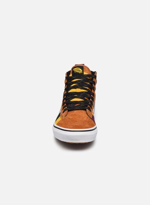 Baskets Vans UA SK8-Hi 46 MTE DX Marron vue portées chaussures