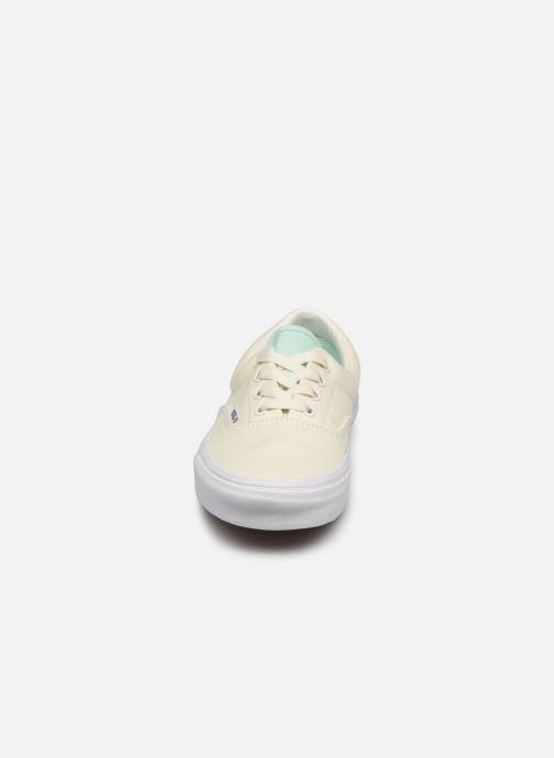 Sneaker Vans UA Era (RETRO SPORT)AN weiß schuhe getragen