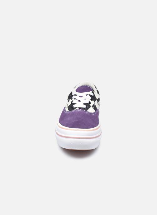 Baskets Vans UA Super ComfyCush Era (SUEDE/CANVAS)P Blanc vue portées chaussures