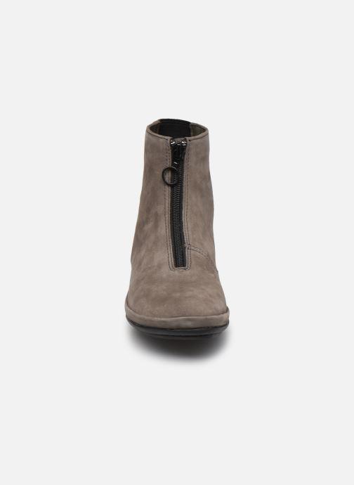 Bottines et boots Camper Right Nina Boots Gris vue portées chaussures