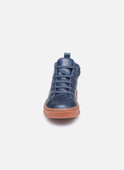 Sneakers Camper Kiddo Kids Azzurro modello indossato