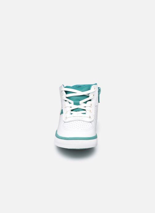Sneaker Clarks City Flake T weiß schuhe getragen
