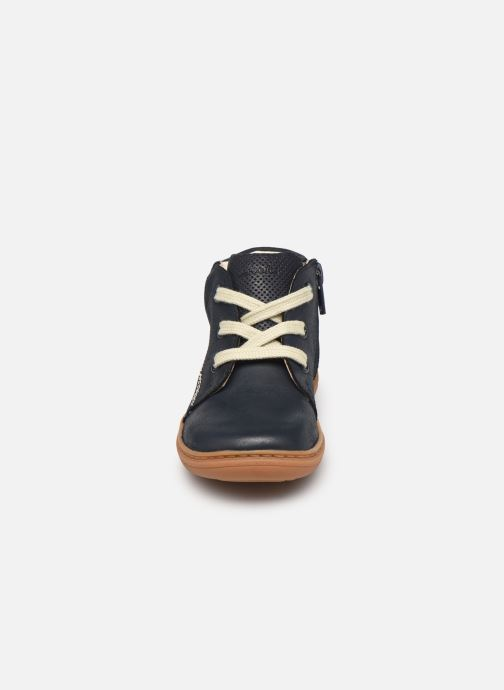 Bottines et boots Clarks Flash Desert T Bleu vue portées chaussures