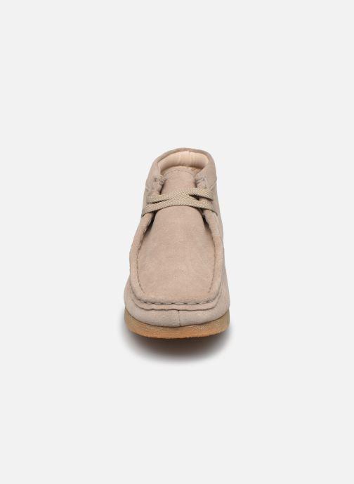 Chaussures à lacets Clarks Wallabee Bt.. Beige vue portées chaussures