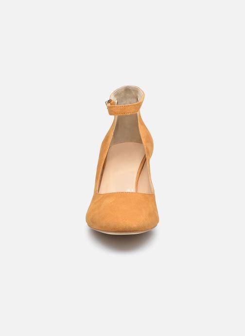 Zapatos de tacón Minelli F91 107/VEL Amarillo vista del modelo
