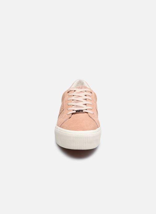 Sneakers TBS Nocella Rosa modello indossato