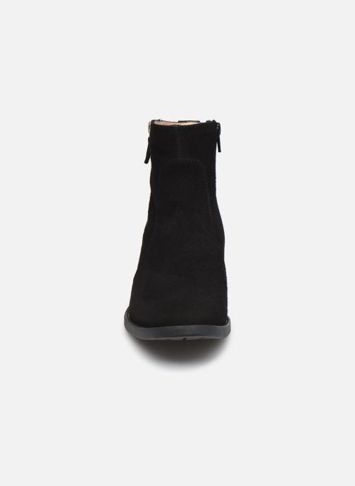 Stiefeletten & Boots Unisa EBRAS schwarz schuhe getragen