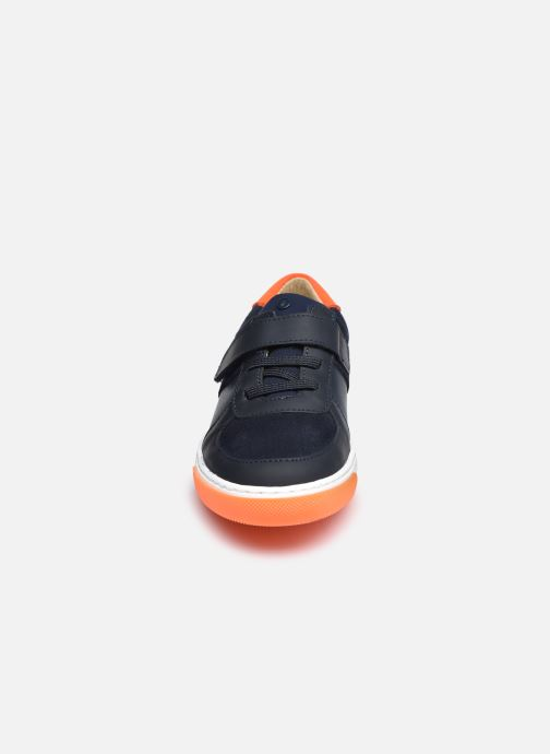 Sneakers Jacadi Donovan Azzurro modello indossato