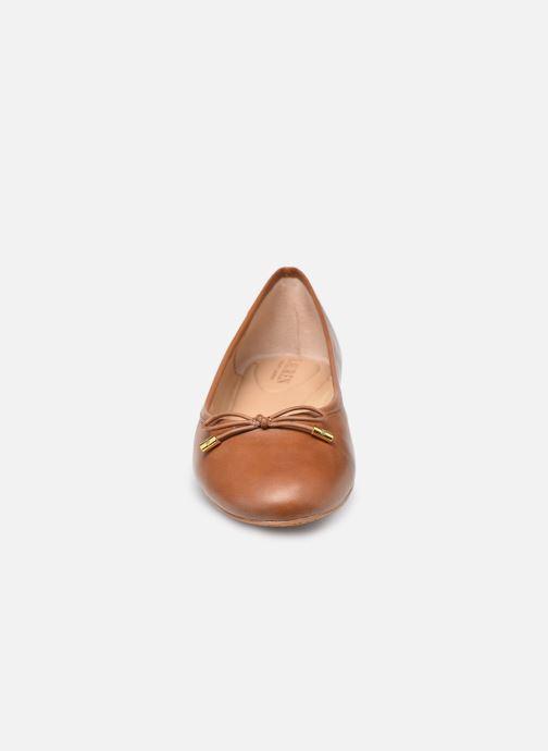 Ballerines Lauren Ralph Lauren JAYNA Marron vue portées chaussures