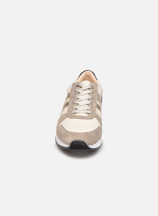 Sneaker San Marina GALATEEN weiß schuhe getragen