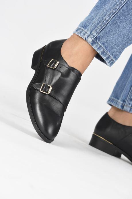 Schuhe mit Schnallen San Marina MANEA schwarz ansicht von unten / tasche getragen