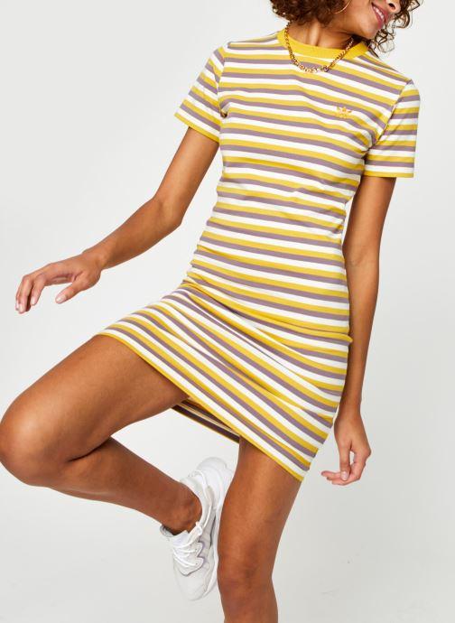 Kleding adidas originals Stripped Dress Geel detail