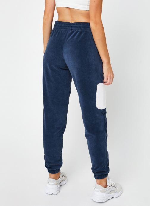 Vêtements Reebok Cl Gp We Pants Bleu vue portées chaussures