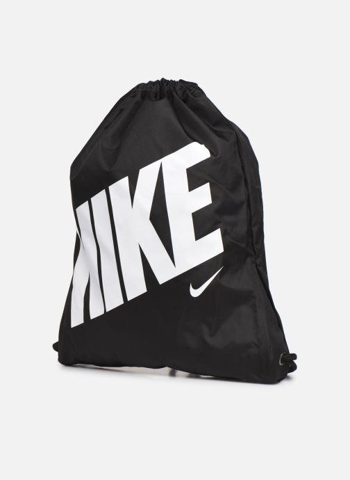 Sacs de sport Nike Kids' Nike Graphic Gym Sack Noir vue portées chaussures