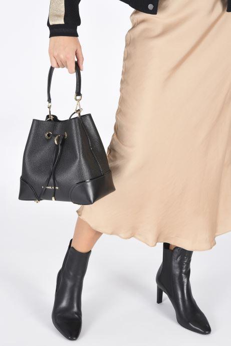 Handtaschen Michael Michael Kors MERCER GALLERY SM CONV BCKT SHLDR schwarz ansicht von unten / tasche getragen