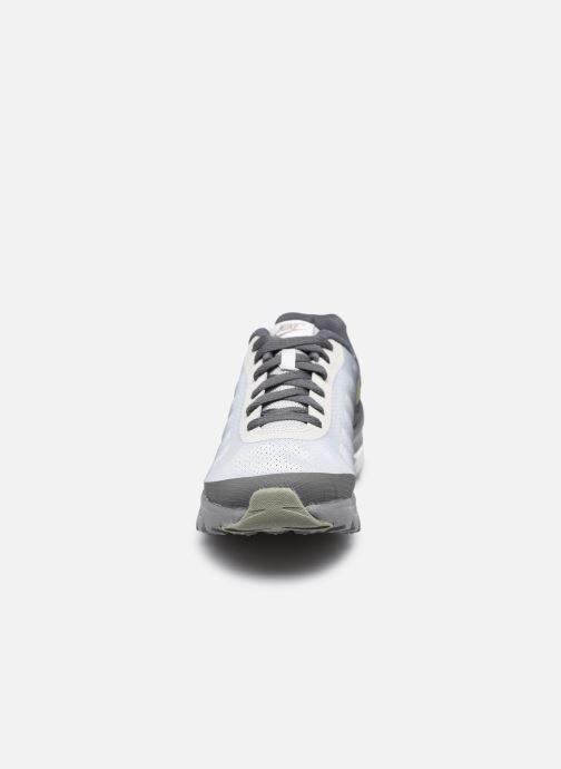 Sneaker Nike Nike Air Max Invigor Gs grau schuhe getragen