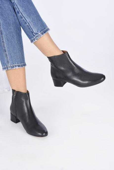 Stiefeletten & Boots Minelli F60 524 schwarz ansicht von unten / tasche getragen