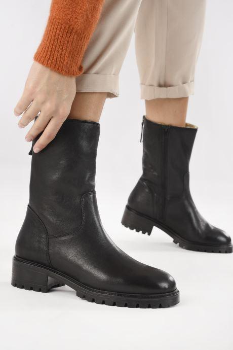 Stiefeletten & Boots Minelli F60 751 schwarz ansicht von unten / tasche getragen