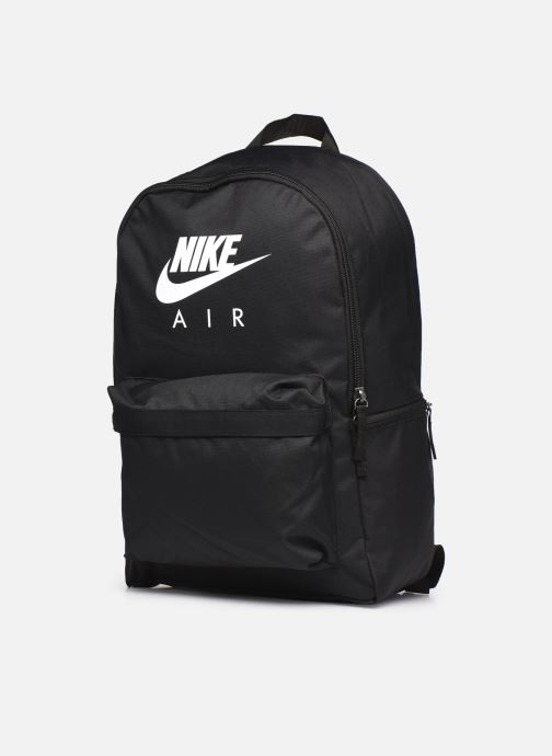 Sacs à dos Nike Nk Heritage Bkpk-2.0 Basic Air Noir vue portées chaussures
