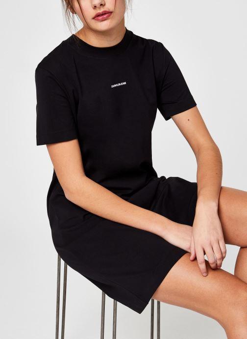 Ropa Calvin Klein Jeans Micro Branding T-Shirt Dress Negro vista de detalle / par