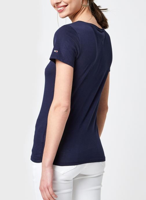 Vêtements Tommy Jeans Tjw Essential Skinny Logo Tee Bleu vue portées chaussures