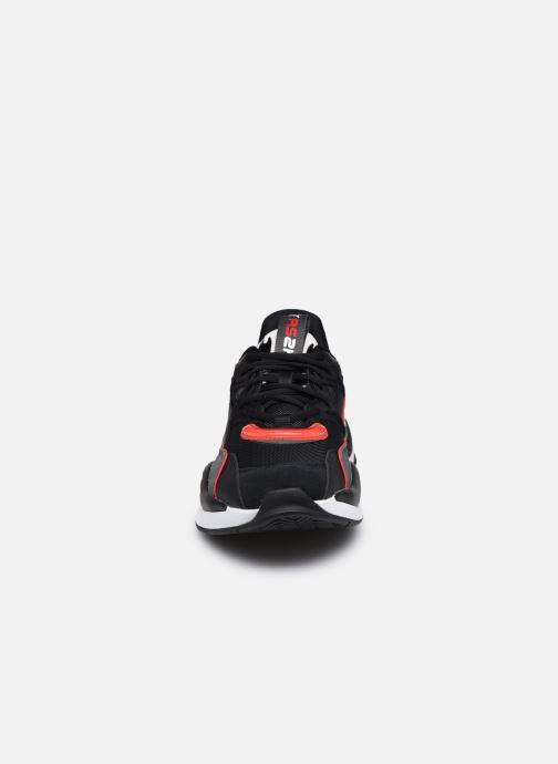 Sneakers Puma Rs2K Messaging Nero modello indossato