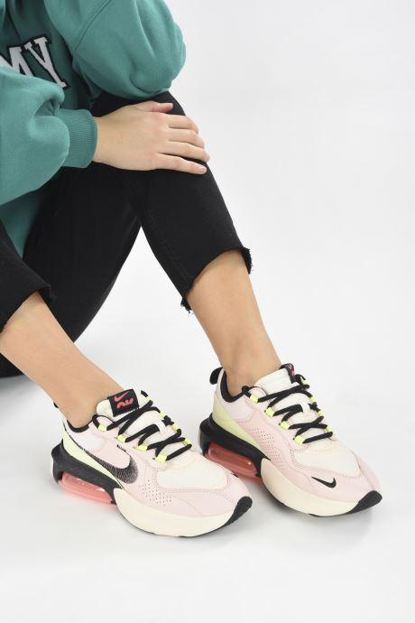 Sneaker Nike W Air Max Verona Qs rosa ansicht von unten / tasche getragen