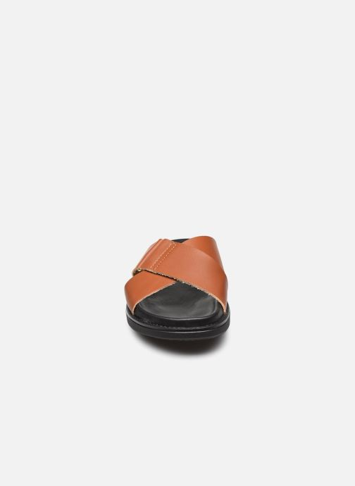 Wedges Bianco BIADEBBIE Leather Cross Sandal Bruin model